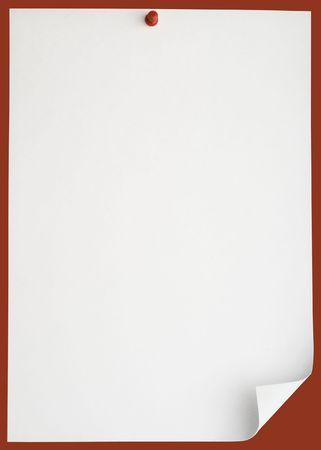 Pushpin pinned single blank note paper
