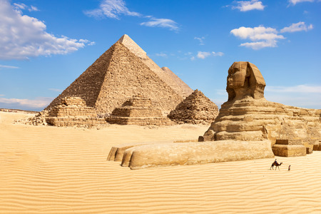 Photo pour The Pyramids of Giza and the Sphinx, Egypt. - image libre de droit