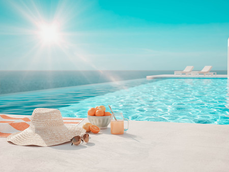 Foto de 3D-Illustration. modern luxury infinity pool with summer accessoires - Imagen libre de derechos