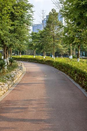 Foto de Sports track in the park - Imagen libre de derechos