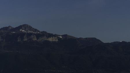 Photo pour mountains in the evening - image libre de droit