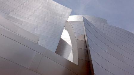 Photo pour Walt Disney Concert Hall in Los Angeles Downtown - LOS ANGELES, USA - APRIL 1, 2019 - image libre de droit