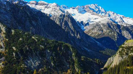 Photo pour The amazing landscape of the Swiss Alps in Switzerland - image libre de droit