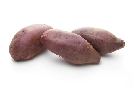 Foto für Sweet potatoes on white background - Lizenzfreies Bild