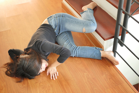 soman falling down, dangerous situation, bad day, injury, insurance concept