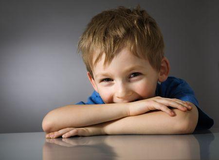 Photo pour Happy child - image libre de droit