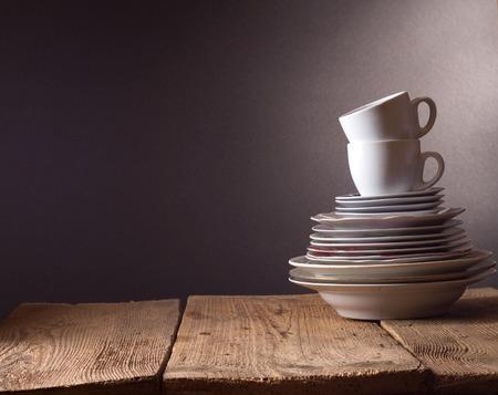 Photo pour Dirty dishes - image libre de droit