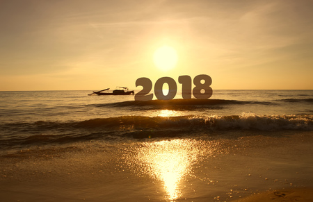 Photo pour Silhouette Happy new year for 2018 on sunrise sky background - image libre de droit