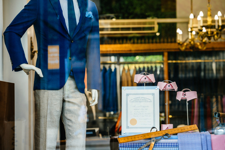 Foto per PARIS, FRANCe - MAY 21, 2016: Hilditch and Key luxury store facade with certificate from the The London Associations of West End Shirt Makers and beautiful male suit fashion accessories Paris - Immagine Royalty Free