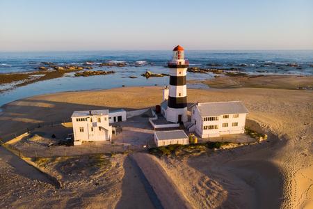 Photo pour The Cape Recife lighthouse in Port Elizabeth - image libre de droit