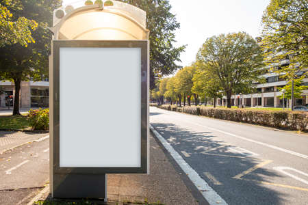 Photo pour Blank billboard mock up in a bus stop, in the street - image libre de droit