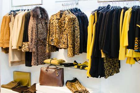 Photo pour Women clothing store - image libre de droit