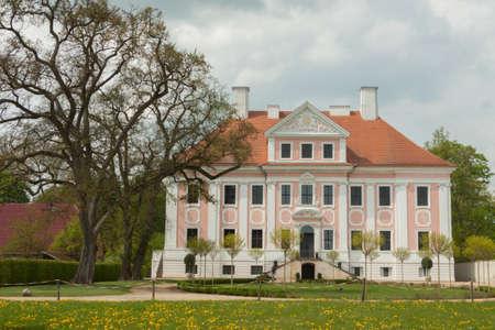 Schloss Gro? Rietz with garden and tree
