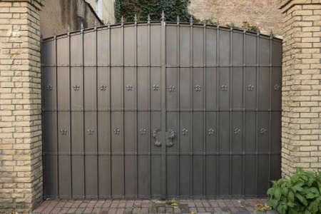 Photo pour decorative metal gate - image libre de droit