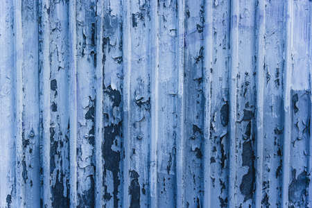 Photo pour Metal blue wall with peeling paint - image libre de droit