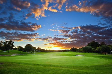 Foto für Sunset over the golf course - Lizenzfreies Bild