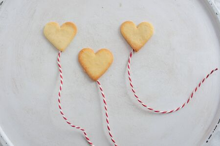 Photo pour Heart shaped cookies - image libre de droit