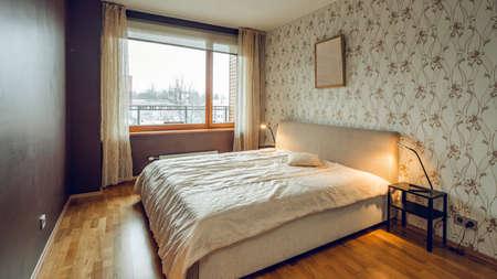 Photo pour Modern interior of bedroom in luxury apartment. - image libre de droit