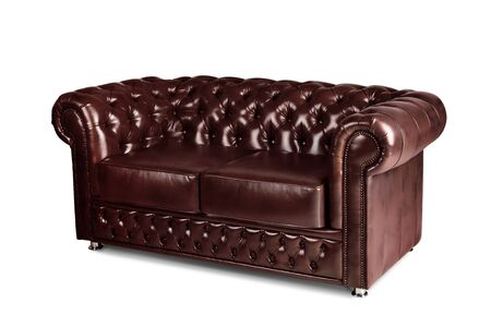 Photo pour leather chester brown sofa isolated on white - image libre de droit