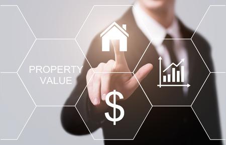 Photo pour Property Value Real Estate Market Internet Business Technology Concept. - image libre de droit