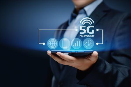 Photo pour 5G Network Internet Mobile Wireless Business concept. - image libre de droit