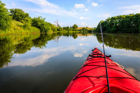 Photo pour Fishing on the lake - image libre de droit
