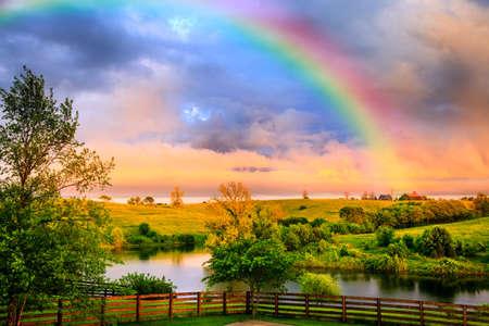 Photo pour Kentucky countryside after storm - image libre de droit