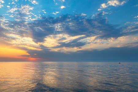 Foto de Beautiful sunset over the Caspian Sea - Imagen libre de derechos