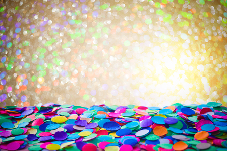 Photo pour Colorful carnival background with confetti - image libre de droit