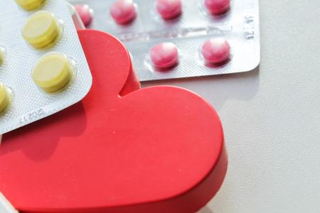 Photo pour Heart Disease Pills. Treatment and prevention of diseases. - image libre de droit