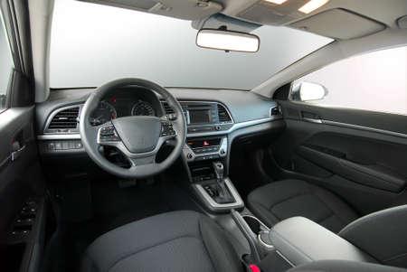 Photo pour dashboard of a modern car - image libre de droit