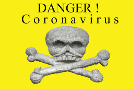 Photo pour New Coronavirus-2019-nCoV, virus concept. Banner with the words danger coronavirus and an image of a skull and crossbones. - image libre de droit