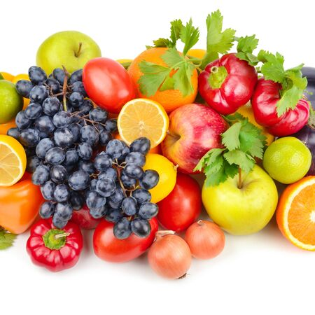 Photo pour Assortment of fruits and vegetables isolated on white background. - image libre de droit