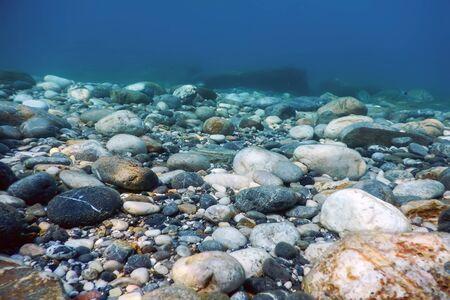 Photo pour Underwater Rocks and Pebbles on the Seabed - image libre de droit