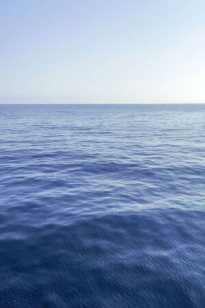Foto de Blue Sea and Clear Sky, Caribbean Sea - Imagen libre de derechos