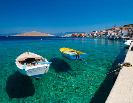 Foto de Chalki Island, one of the Dodecanese islands of Greece, close to Rhodes. - Imagen libre de derechos