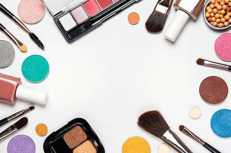 Photo pour Set of decorative cosmetics on a white background. Flat lay, top view. - image libre de droit