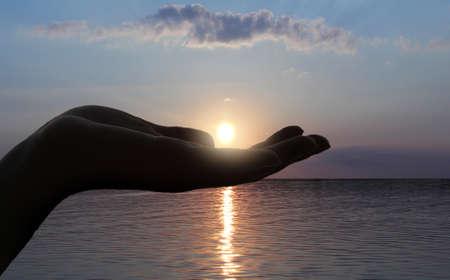 sun on the hand