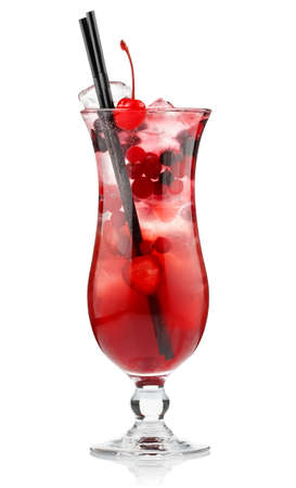 Photo pour Red alcohol cocktail with berries isolated on white background  - image libre de droit