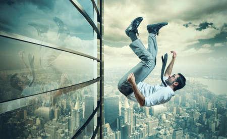 Concept of failure of a businessman due to crisis
