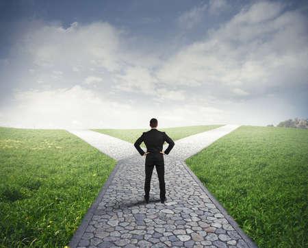 Foto de Concept of important choices of a businessman - Imagen libre de derechos