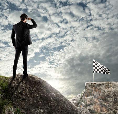 Photo pour Business concept of businessman overcome the problems - image libre de droit
