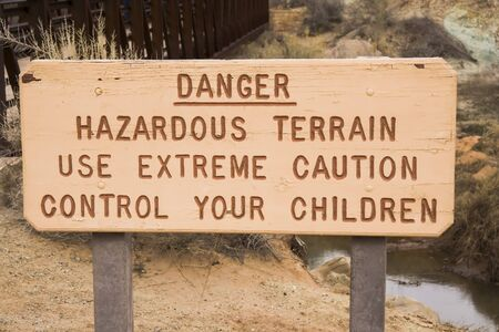 Warning sign to control children