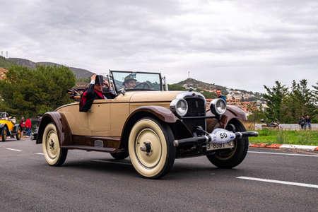 Photo pour MARCH 2018: Nash, 60 Th edition international vintage car rallye Barcelona Sitges - image libre de droit