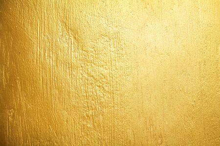 Photo pour Gold paint concrete wall old texture or yellow background - image libre de droit