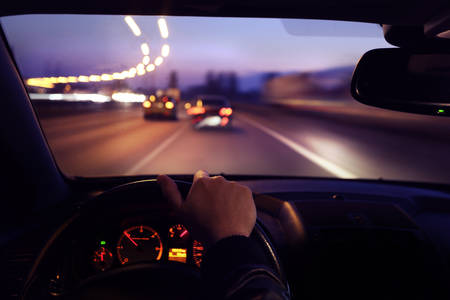 Foto de Driving car early morning - Imagen libre de derechos