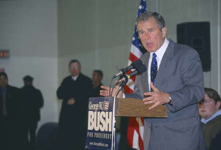 Texas Governor George W. Bush campaigns for the 2000 Republican presidential nomination in Londonderry, New Hampshire, before the state primary