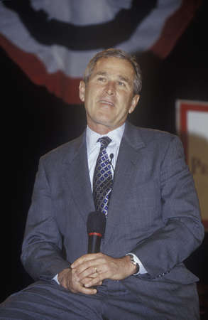 George W. Bush addressing the New Hampshire Presidential Candidates Youth Forum, January 2000
