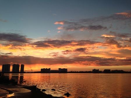 Un hermoso amanecer en Cancn