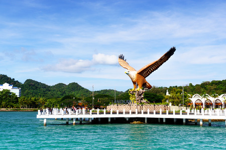 Foto de Shot of Langkawis Eagle Square from the sea - Imagen libre de derechos